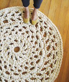 Fancy - Mega Doily Rug... For some strange reason I really like this rug!