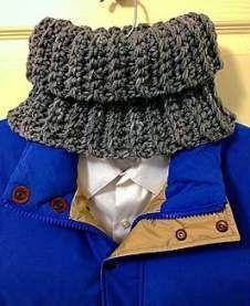Ideas Crochet Cowl Poncho Pattern Neck Warmer For 2019 Crochet Mens Scarf, Diy Scarf, Crochet Scarves, Crochet Clothes, Knit Crochet, Crochet Hats, Knitting Scarves, Scarf Ideas, Loom Knitting