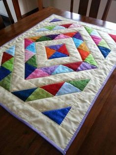 Stop by our web-site for far more pertaining to this striking baby quilts The Effective Pictures We Offer You About patchwork quilting jeans A quality picture can tell you many things. Lap Quilts, Scrappy Quilts, Small Quilts, Mini Quilts, Quilt Blocks, Patch Quilt, Cot Quilt, Patchwork Quilt Patterns, Beginner Quilt Patterns