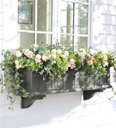 Main image for Lexington Self-Watering Window Box with Hanging Brackets, 4%27L