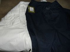 VIRTU (ts) jeans X 2 - white shorts and long blue pull up jeans  size 18/20 new