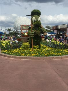 3/5/17 - EPCOT Flower and Garden festival.