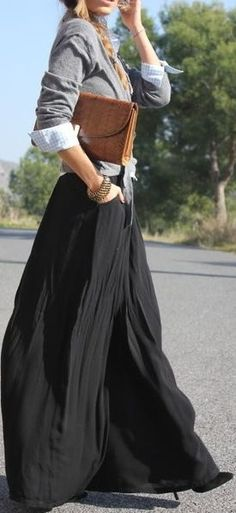 How to wear maxi skirt for cold weather? It's easy! Pair it with your favorite jacket!