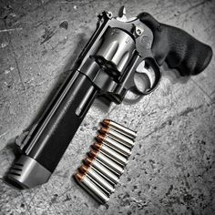 Still the king :) The Performance Center 627 V Comp MAG 8 Shot Revolver at Smith Wesson, Weapons Guns, Guns And Ammo, Rifles, Hand Cannon, By Any Means Necessary, Home Defense, Cool Guns, Tactical Gear
