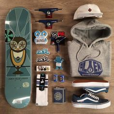 The best selection of the latest skate board styles in stock now. Skateboard Design, Skateboard Girl, Skateboard Decks, Skateboard Clothing, Penny Skateboard, Foto Still, Skate And Destroy, Skater Outfits, Skate Girl