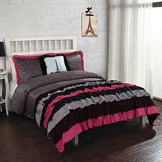 17 Essentials Leigh Ann Ruffle Comforter Set