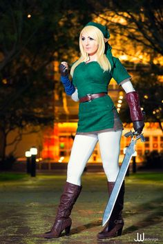 Link cosplay by Jessica Nigri at AACC 2014 © JwaiDesign, Jonathan Wai