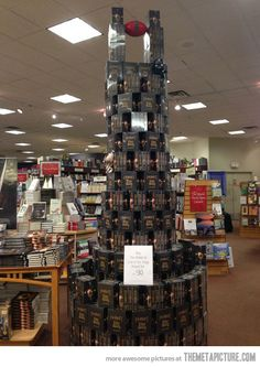 Sauron Eye bookstore stacks... Awesome!