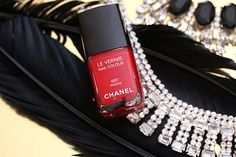 The Chanel Collection Plumes Precieuses de Chanel Holiday 2014 ...