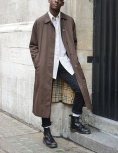 Will be wearing my Docs a lot this F/W. This look is exactly what I'll be doing when the temp allows it here in TX!