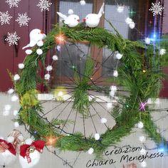 http://ilfilodimais.blogspot.it/2015/12/albero-di-natale-con-i-cerchi-di.html