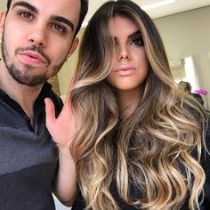35 new Ideas for hair color miel beautiful Cabelo Ombre Hair, Balayage Hair, Haircuts For Long Hair, Messy Hairstyles, Brown Hair Inspiration, Honey Brown Hair, Brunette Hair, Hair Blond, Hair Highlights