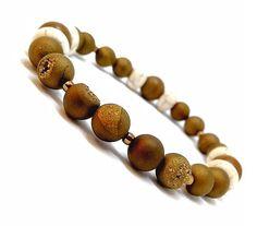 Mens druzy agate, white howlite and jasper bracelet. #mensbracelet #menjewelry #brownjewelry #druzybracelet #bronzejewelry #whitehowlite #rusticjewelry #beachjewelry #boyfriendjewelry #husbandbracelet #brotherjewelry