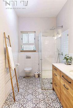Bathroom Tub Shower, Bathroom Toilets, Bathroom Renos, Bathroom Flooring, Bathroom Renovations, Bathroom Design Small, Bathroom Layout, Bathroom Interior Design, Family Bathroom