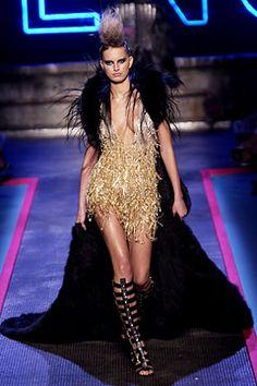 Givenchy - Fall 2002 HC