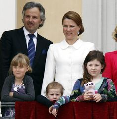 Princess Martha Louise and Ari Behn with her daughters Maud Angelica (8), Leah Isadora (7) and Emma Tallula (3)