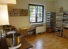 Jak na domácí pečivo bez pekárny - 10 skvělých receptů Pak Choi, Liquor Cabinet, Home Decor, Decoration Home, Room Decor, Home Interior Design, Home Decoration, Interior Design