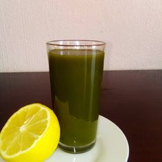 Spinach and Carrot Juice 3 ounces of fresh spinach 3 large carrots #Juice #VegetableJuice #TastyJuice Cucumber Juice, Juice 3, Grapefruit Juice, Juicer Pulp Recipes, Healthy Juicer Recipes, Vegetable Juicer, Wheat Grass, Spinach, Carrots