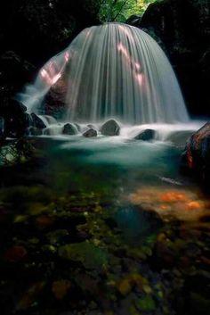 Mikaduki falls in Japan