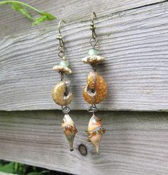 Des Juillets Roux : boucles d'oreille tribales hippies avec lampworks artisanales ...... : Boucles d'oreille par les-reves-de-minsy