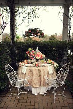 Southern Secret Garden Wedding Inspiration