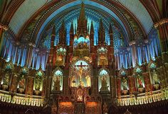 attend a French mass in Notre Dame
