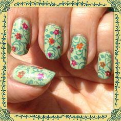 Pueen 33 Summer nails