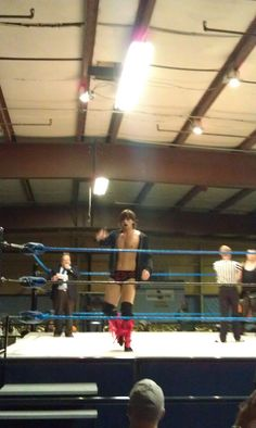 anybody need a ring announcer?