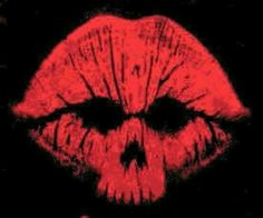 No besos from you, por favor. --------------------------- Kiss skull