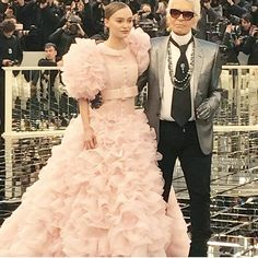 @chanelofficial 's haute couture by mister @karllagerfeld modelled by @lilyrose_depp  #pfw #hautecouture #chanel #lilyrosedepp #karllagerfeld #pink #lofficielnl : @vanessabellugeon  via L'OFFICIEL NL MAGAZINE INSTAGRAM - Fashion Campaigns  Haute Couture  Advertising  Editorial Photography  Magazine Cover Designs  Supermodels  Runway Models