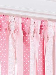 DIY ribbon curtain (playroom- in different colors) Ribbon Curtain, Curtain Rods, Curtain Closet, Diy Casa, Ideias Diy, Diy Home Decor Projects, Little Girl Rooms, Home And Deco, Kids Bedroom