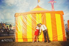 Carnival-Themed Engagement Photos   photography by  (via @amiatead)