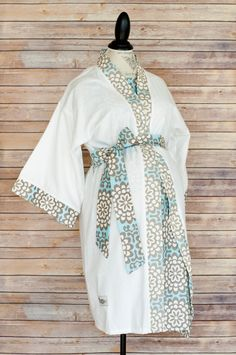 Maternity Kimono Style Robe - Sadie - Coordinate as a Birthing Robe with your Maternity Hospital Gown -Perfect for nursing at hospital/home by modmum on Etsy