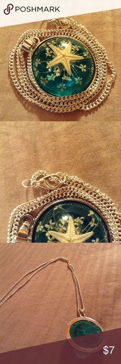 Underwater starfish & flower So pretty! Jewelry Necklaces