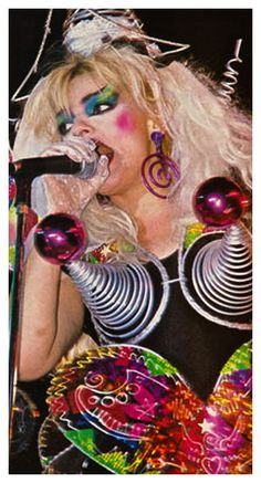 Nina Hagen Nina Hagen, Punk Subculture, Concert Looks, Club Kids, Punk Goth, Post Punk, Glam Rock, My Music, Rock And Roll