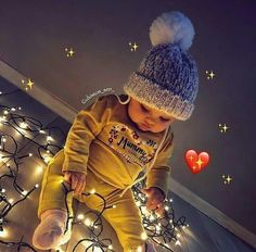 Cute Baby Boy Images, Cute Kids Pics, Cute Baby Pictures, Cute Little Baby Girl, Baby Love, Baby Hijab, Baby Christmas Photos, Baby Tumblr, Cute Baby Wallpaper