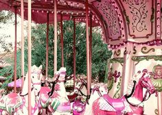 All Carousels should be PINK.....