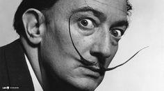 Salvador Dalí, conocido por sus impactantes y oníricas imágenes subrealistas y sus famosos bigotes, es un claro ejemplo de envejecimiento activo y productivo en la sociedad. Su actividad artística no acaba en la pintura; la escultura, el teatro, la moda o la fotografía han sido otro legado que Dalí nos dejó. Pero ¿sabemos realmente todo…