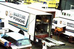 Porsche Truck, Porsche 2020, Toyota Previa, Ford Rs, Martini Racing, Camper Trailers, Camper Van, Le Mans, Bugatti