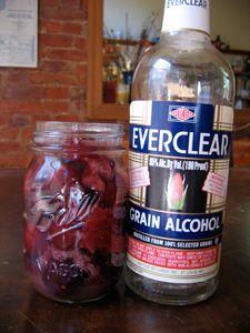 rhubarb? #DIY #liqueur #cordial #Everclear #homemade #infusion Everclear Drinks, Grain Alcohol, Homemade Wine, Wine And Liquor, Cordial, Food And Drink, Water Bottle, Cocktails, Eat
