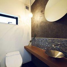女性で、の水栓/リクシル/名古屋モザイクタイル/タイル/トイレ/バス/トイレ…などについてのインテリア実例を紹介。「落ち着いた空間になってます。」(この写真は 2015-06-02 12:41:07 に共有されました)