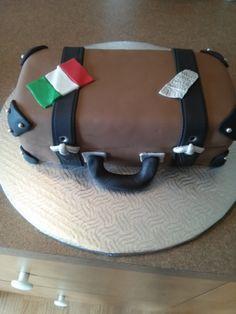 valise de voyage Creations, Cake, Desserts, Food, Pie Cake, Meal, Cakes, Deserts, Essen