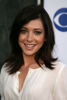 Alyson showed off her shoulder length cut at the Summer TCA party.