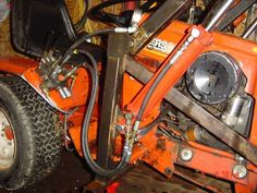 Homemade Case/Ingersoll Front end loader - Lawn Mower Forum Yard Tractors, Small Tractors, Garden Tractor Attachments, John Deere Mowers, Homemade Tractor, Lawn Mower Repair, Tractor Accessories, Tractor Loader, Tractor Implements