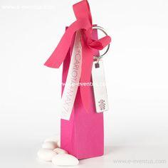 detalles · bautizo · personalizados · detalls · bateig · barcelona · tienda de detalles de bautizo · botiga detalls bateig · personalizados · diseño · recuerdo · detalle · regalo · invitados · llavero · madera · metal · niña · pañales · niño · rosa · azul · bolsa · kraft · papel · peladillas · lazo · nombre · chocolate · chupete · rosa · azul · colores · bolsa · algodón · blanca · grabado  · llavero largo · llufa · bolsa alta · rosa · azul