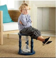 Instead of banishing your children to the time-out corner and having your kids ask you if their time-out is done yet every 20 seconds, why not try out the Time Out Sand Timer Stool. The time out stool. Woodworking Shows, Woodworking Bench Plans, Woodworking Projects That Sell, Woodworking Workshop, Teds Woodworking, Woodworking Apron, Woodworking Supplies, Woodworking Joints, Woodworking Classes