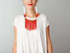 Super cute. Probably easy to do. NECKLACE // Cheora // Tassel Necklace/ Fringe Necklace/ Arc Necklace/ Ivory Red Necklace/ Statement Necklace/ Gold Necklace