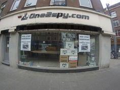 One2Spy gevestigd aan de Admiraal de Ruijterweg 63 (gesloten op last van de burgemeester na verdenking grootschalige vuurwapenhandel) - http://www.leipeshit.today/amsterdam-0006.html