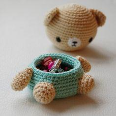 Mesmerizing Crochet an Amigurumi Rabbit Ideas. Lovely Crochet an Amigurumi Rabbit Ideas. Crochet Box, Crochet Amigurumi, Love Crochet, Bead Crochet, Crochet Dolls, Small Crochet Gifts, Crochet Teddy, Box Patterns, Crochet Patterns