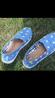 blue toms with white poka dots
